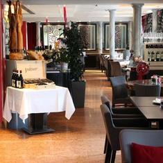 First Opéra sa - Le restaurant
